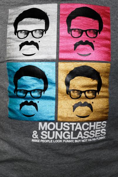 Mustachy i sanglasy